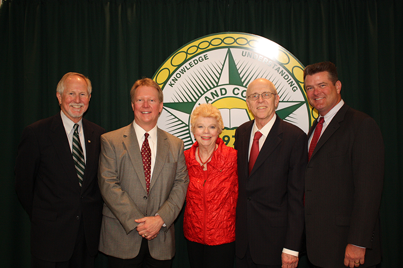 F. Marie Hall (center) with MC, Texas Tech and Midland Memorial Hospital officials