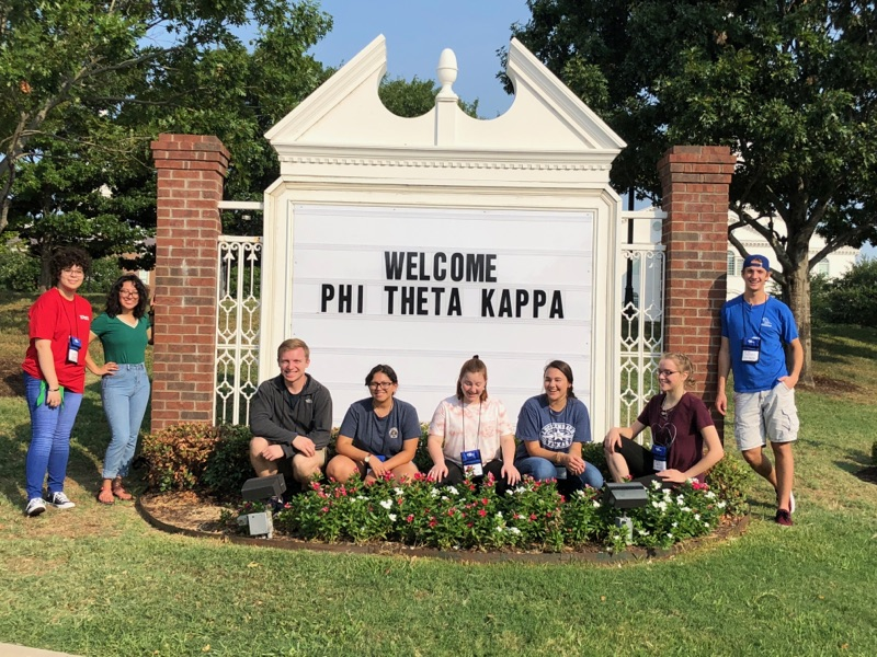 sPTK students at Texas Honors Institute